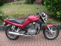 Suzuki_VX_800_weinrot_VS51B_45kW_V2_2__Hd__-_wie_VS_600_700_750_800_Intruder_5