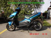 normal_Suzuki_UX50_W_Zillion_Roller_Scooter_wie_AY50_WR_Katana-1