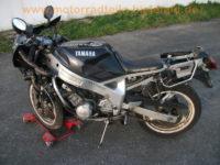 Yamaha_FZR_600_3HE_schwarz-grau_Doppel-Scheinwerfer_crash_Motor_OK_5