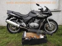 Honda_CB_500_S_PC32_schwarz_Crash_-_Motor_PC26E_wie_PC26_CBF_500_1