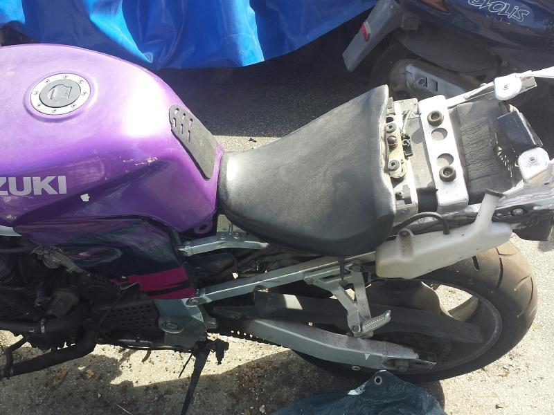 SCHALCHTFEST SUZUKI GSX-R 750 W (II) GR7BB   motorradteile