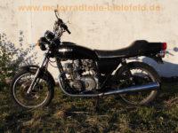 Suzuki_GS400E_Speichenraeder_Konis_Giuliari-Sitzbank_orig__Auspuff_1