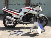 Kawasaki GPZ500S - 1