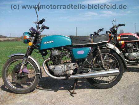 Honda_CB_200_Twin_mint-lila_Speiche_-_wie_CB_CM_CJ_125_185_250_350_360_K_G_T_Twin_C_23
