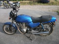 Suzuki_GSX_400_E_GK53C_blau_Sitz_gut_orig__Auspuff_1555_und_4440_-_wie_GSX_250_400_E_S_GK51C_GK53B_17