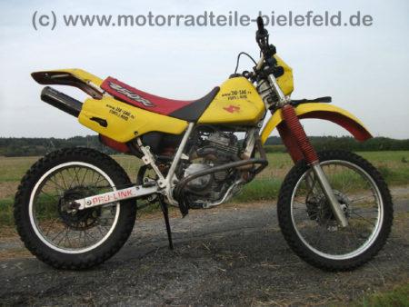Honda_XR_250_R_ME05_Stunt_BSM_Auspuff_-_wie_XR_XL_200_250_350_500_600_650_R_L_69