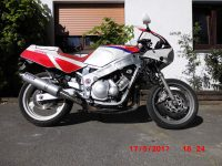 Yamaha FZR600 Typ 3HE -1