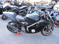 normal_Honda_CBR_600_F_PC19_schwarz_Race-Track-Umbau_-_wie_PC23_2