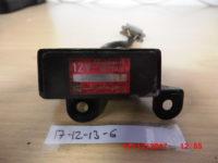 Kawasaki KZ750-SH522-12-Lichtmaschinenregler-2
