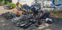 CBR600F PC31 B Ersatzteile Verkleidung Tank Vergaser Schalldämpfer BOS Exhaust Gabel Schlosssatz Weiteres Zubehör und fahrbereite Komplett - Fahrzeuge auf Anfrage